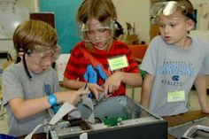 It's Friday and we're sharing one of our favorite articles from the week. Thanks CarolinaCoastOnline.com for taking time to talk to our Morehead City Primary School participants and staff about their Camp Invention experience!