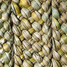 Natural Flooring - The Comparison: Sisal, Coir, Jute, Seagrass and Rush Matting Willow Weaving, Basket Weaving, White Wash Walls, Medieval Pattern, English Cottage Style, Natural Flooring, Water Hyacinth, Coir, High Art