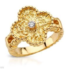 VAN CLEEF & ARPELS Color F Diamond 18K Gold Ring Size 5