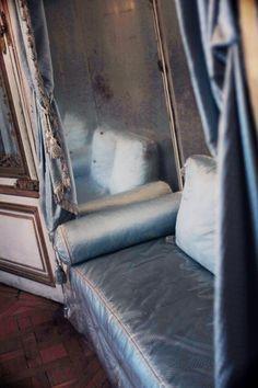 "Marie Antoinette's private apartments in Versailles ""The Meridienne"""