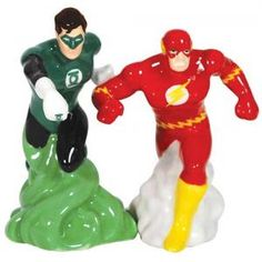 #WG25542 DC Comics Green Lantern and The Flash Salt and Pepper Shakers by sensationaltreasures