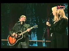 Trisha Yearwood & Kris Kristofferson Perform Historical 'Sunday Mornin | Country Rebel