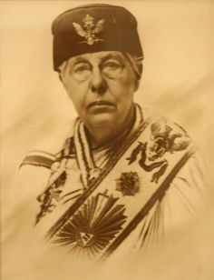 Annie Besant, Co-Mason, with her Scottish Rite degree sash and double headed eagle adorned hat. Not all Masons were men. That is anti masonic propaganda.