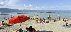 Plage d'Estavayer-le-Lac Sports Nautiques, Switzerland, Places Ive Been, Beach Mat, Outdoor Blanket, Patio, Outdoor Decor, Swim, Beaches