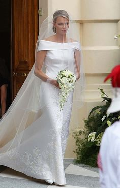 simple elegant wedding dress.  Princess Charlene of Monaco