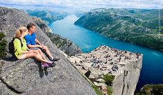Hike to Pulpit Rock/ Preikestolen. Round trip, Stavanger - Tau - Pulpit Rock. Hike above the Lysefjord. Sightseeing/ dayexcursions in Norway.