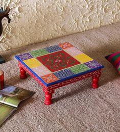 Rangoli Borders, Rangoli Border Designs, Ethnic Home Decor, Indian Home Decor, Fabric Painting, Painting On Wood, Wooden Footstool, Thali Decoration Ideas, Royal Craft