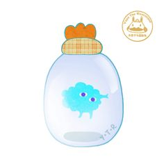 Artist Creates Lovable GIFs Of Little Creatures Floating In Bottles And Jars…