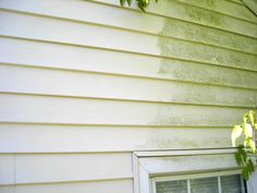 Exterior House cleaning, High pressure cleaning, House washing with softwash. Pressure Washing Services, House Wash, Roof Cleaning, Washing Windows, Cleaning Business, Lawn Care, Clean House, How To Remove, Exterior