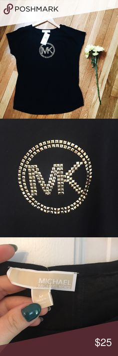 🆕 PARTY PICKMICHAEL KORS T SHIRT with logo size M Michael MICHAEL KORS, new with tags, t shirt with logo in gold color (like a 3D), super cute and fashion, the back part is a little longer than the front .  This deal won't last long. 🛍🔝💥 buy today ship tomorrow, 5 stars seller. MICHAEL Michael Kors Tops Tees - Short Sleeve