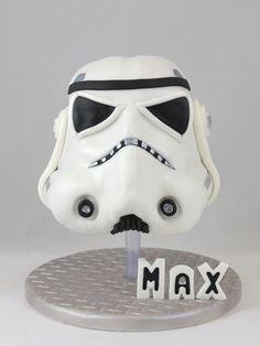 Stormtrooper Helm Head Cake Torte 3D Formschnitt