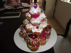 Torre de cupcakes para cumple!!!