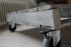 White and Grey washed Pine Palette Industrial Chic от inspiritdeco, £295.00