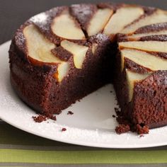 The Best Gluten-free cake for your guests. Flourless Chocolate Pear Hazelnut Cake that everyone can love (on Scientifically Sweet).