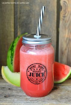 Galia Watermelon and Melon Smoothie Recipe - smoothies - Raw Food Recipes Smoothie Bowl, Blackberry Smoothie, Strawberry Banana Smoothie, Strawberry Recipes, Fruit Smoothies, Healthy Smoothies, Pineapple Smoothies, Fruit Juice, Recipes