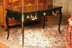 Table gigogne style louis xv en bois de merisiune création signée