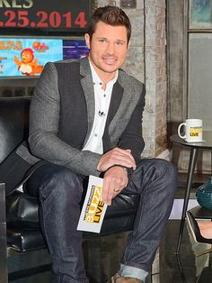Big Morning Buzz Live host Nick Lachey talks the talk during a taping of the VH1 show in New York City.http://www.people.com/people/gallery/0,,20795873,00.html#30118302