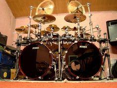 Tama drums ( Earthshaker )