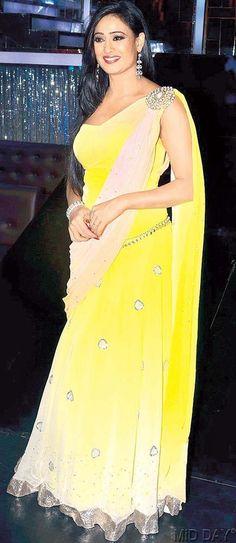 Mellow yellow: Shweta Tiwari at the press meet for Colors' Jhalak Dikhhla Jaa #Bollywood #Fashion