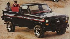 Example of Black paint on a 1982 Ford Truck XLS Flareside Classic Ford Trucks, Lifted Chevy Trucks, Ford Pickup Trucks, Gmc Trucks, 1995 Ford F150, F150 Truck, Best Car Insurance, Ford F Series, Old Fords