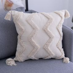 Saffron Tassel Pillow Cover - Zig Zag / 18\ x 18\