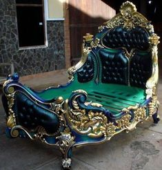 Decorate your home with rococo furniture Stunning Rococo Bed Rococo Furniture, Funky Furniture, Unique Furniture, Bedroom Furniture, Furniture Design, Bedroom Decor, Gold Leaf Furniture, Furniture Buyers, Furniture Outlet