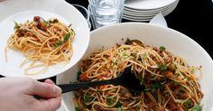 Suomalainen ruokajärjestelmä ei ole kestävällä pohjalla, muistuttavat Professori Heikki Lehtonen ja neuvotteleva virkamies Hanna Mattila. Spaghetti, Ethnic Recipes, Food, Essen, Meals, Yemek, Noodle, Eten