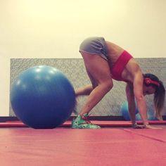 ABS & FITBALL - vikika_fitness