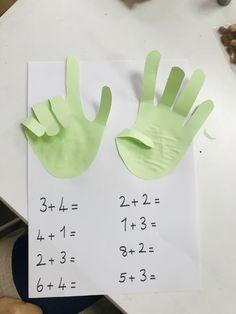 Montessori Activities, Preschool Activities, Math Magic, Drawing Wallpaper, Preschool Education, Learning Arabic, Toddler Fun, Child Development, Pre School