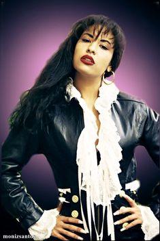 Selena Quintanilla Perez, Jenni Rivera, Selena Costume, Selena And Chris, Divas, Fashion Designer, Role Models, Beautiful People, Celebs