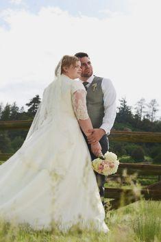{Real Plus Size Wedding} Rustic Denver Wedding | RebeccaMarie Photography LLC