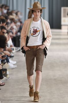 http://www.vogue.com/fashion-shows/spring-2017-menswear/visvim/slideshow/collection