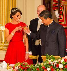 La vuelta de la Duquesa de Cambridge: más princesa que nunca - Foto 11