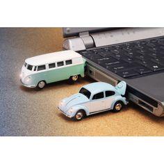 VOLKSWAGEN COMBI USB DRIVE RED