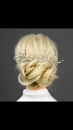 Memorizing once again probably looks better with blonde hair (I can say that since im a brunette) The post appeared first on Frisuren Blond. Easy Hairstyles For Long Hair, Cute Hairstyles, Braided Hairstyles, Wedding Hairstyles, Beautiful Hairstyles, Hairstyle Ideas, Hair Upstyles, Great Hair, Hair Videos