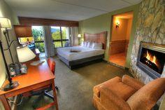 Deluxe Suite - King, Fireplace, Jacuzzi, Riverside Balcony