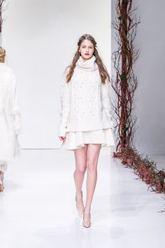 Although we already gave a bit of insight into Rachel Zoe's world for Fall 2016, we were excited to see that the collection wasjust as chic and luxe as we were expecting from what was an amalgam o...