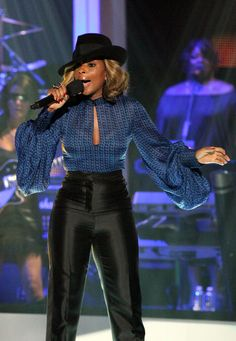 Mary J. Blige...my life, share my world, what's the 411...Mary has been putting it down for decades,,hail the Queen of Hip Hop.