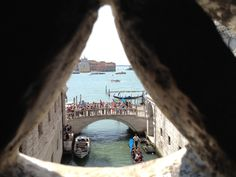 Bridge of Sighs | 7 Ways To Do Venice Right | BrowsingItaly.com