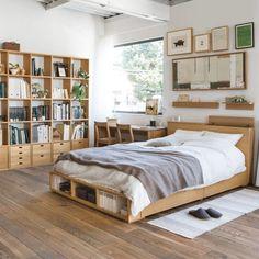 シンプル好きに!無印良品の家具を使ったお部屋別インテリアコーデをご ... 一人暮らしワンルームインテリア