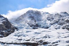 Going to Jungfraujoch - Top of Europe? Get essential tips for your trip to the highest train station in Europe meters), including tickets and weather. Jungfraujoch, Diaper Changing Station, Train Station, Mount Everest, Europe, Adventure, Travel, Collections, Viajes
