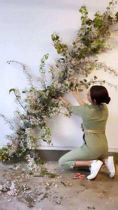 Flower Installation, Wall Installation, Wedding Ceremony Decorations, Wedding Ideas, Pear Blossom, Flower Backdrop, Floral Wall, Friend Wedding, Diy Hacks
