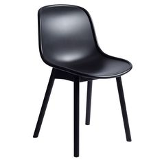 The Neu 13 Chair in all black from Hay is a contemporary side chair, ideal for the kitchen or dining table. Hay Chair, Chair And Ottoman, Monochrome, Black Office, Scandinavian Living, Modern Dining Chairs, Nordic Design, Solid Oak, Chair Design