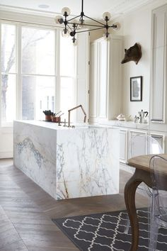 Remodeling Ideas to Steal from a Stately & Elegant London Kitchen