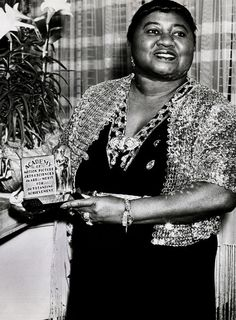 Hattie McDaniel with her Academy Award for Best Supporting Actress, 1940