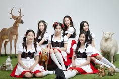"""Rookie girl group April transform into girls of Oktoberfest for debut mini-album """"Dreaming"""""""