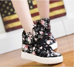 Canvas Floral Flowers Women'S Flat Platform Shoes High Top Sneakers Shoes