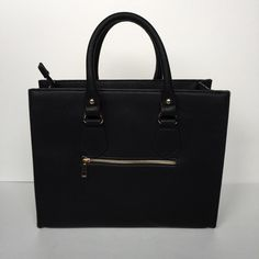 ⚠️PRICE DROP⚠️NWT Black Fashion Bag . Bags
