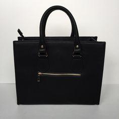 ⚠️PRICE DROP⚠️NWT Black Fashion Bag . Bags