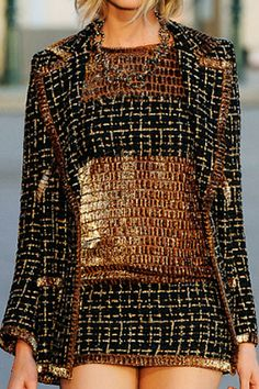 Chanel+Resort+2011+Gold+and+Black+Tweed+Jacket